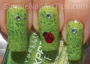 Ladybug nail art tutorial 6 300x215 Ladybug nail art tutorial 6